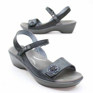 NAOT Ladies 40 (9-9.5) Blue Ankle Strap Slingback